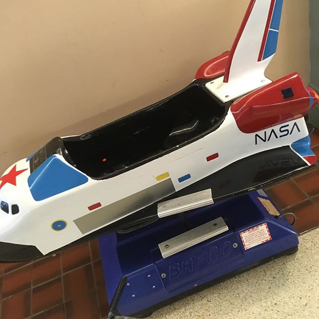 Even NASA doesn't have a real one anymore. Artifacts from the last millennium. #whenmallswerecool